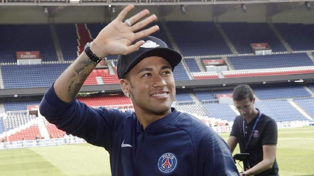 Ditaksir Madrid, Neymar Justru Ingin Dilatih Guardiola