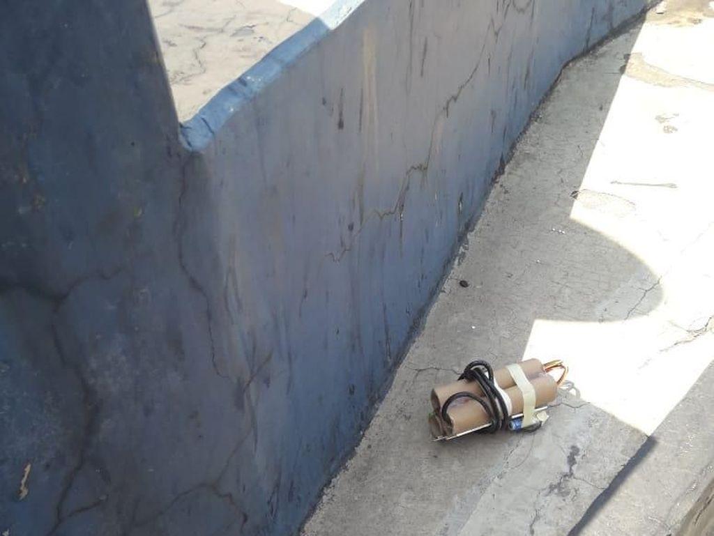 Polisi Pastikan Rangkaian Benda di Pintu Tol Sidoarjo Bukan Bom