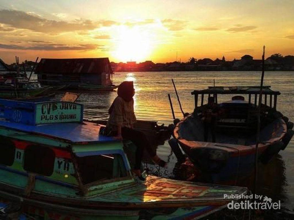 Berburu Senja Sambil Menunggu Berbuka di Baba Boen Tjit Palembang