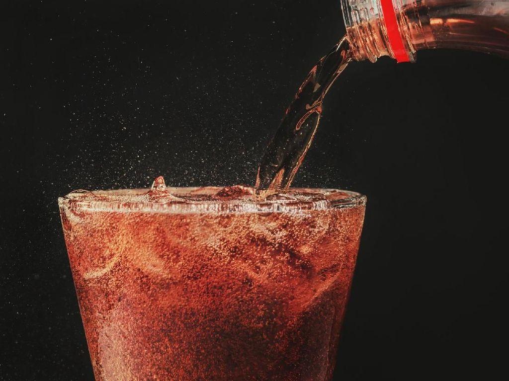 Sayangi Tulang dengan Tidak Berlebihan Mengonsumsi 5 Makanan dan Minuman Ini