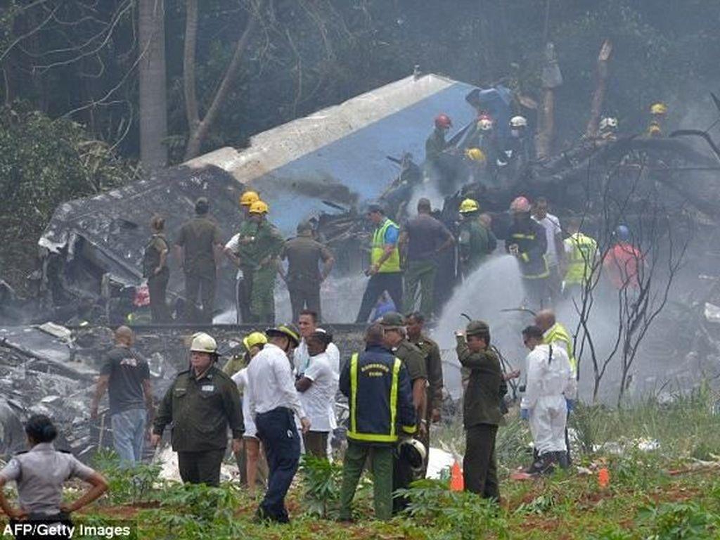 Penampakan Pesawat yang Jatuh di Havana dan Bawa 104 Penumpang