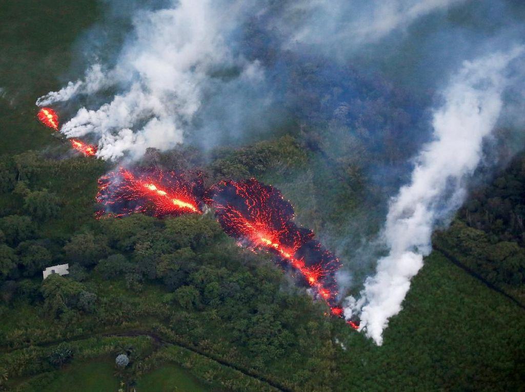 Ngeri! Saat Gunung Kilauea Hawaii Muntahkan Lava