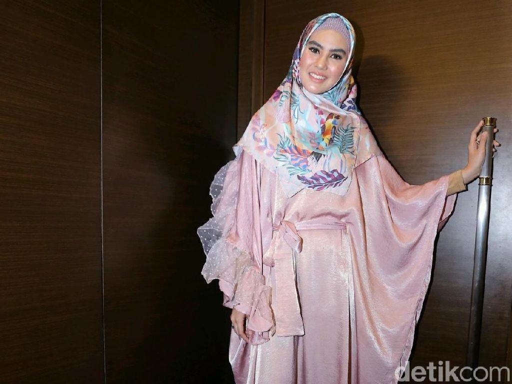 Tak Hanya Umrah Saat Puasa, Kartika Putri Ingin Lebaran di Mekkah