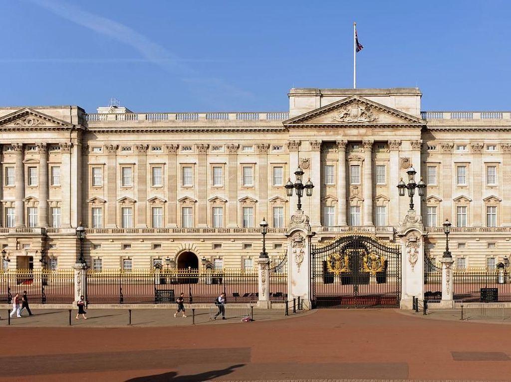 Mewahnya Deretan Istana yang Dihuni Keluarga Kerajaan Inggris