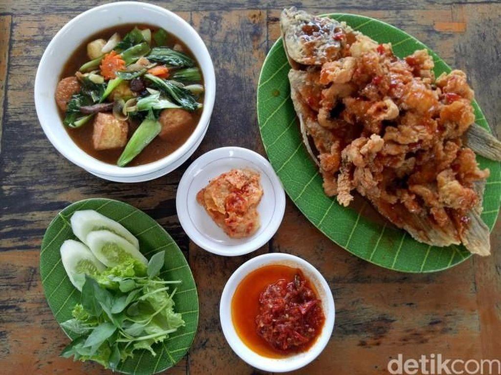 Mau Buka Puasa Bareng Keluarga? 5 Tempat di Tangerang Selatan Ini Bisa Jadi Pilihan