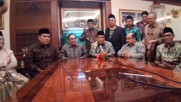 Ketum PBNU Said Aqil Siroj bertemu dengan Mantan Wakil Perdana Menteri Malaysia Anwar Ibrahim