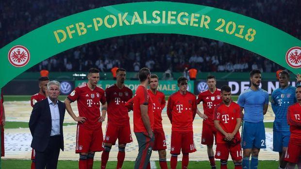 Bayern Munchen gagal mengawinkan gelar Bundesliga dengan Piala Jerman di musim ini.