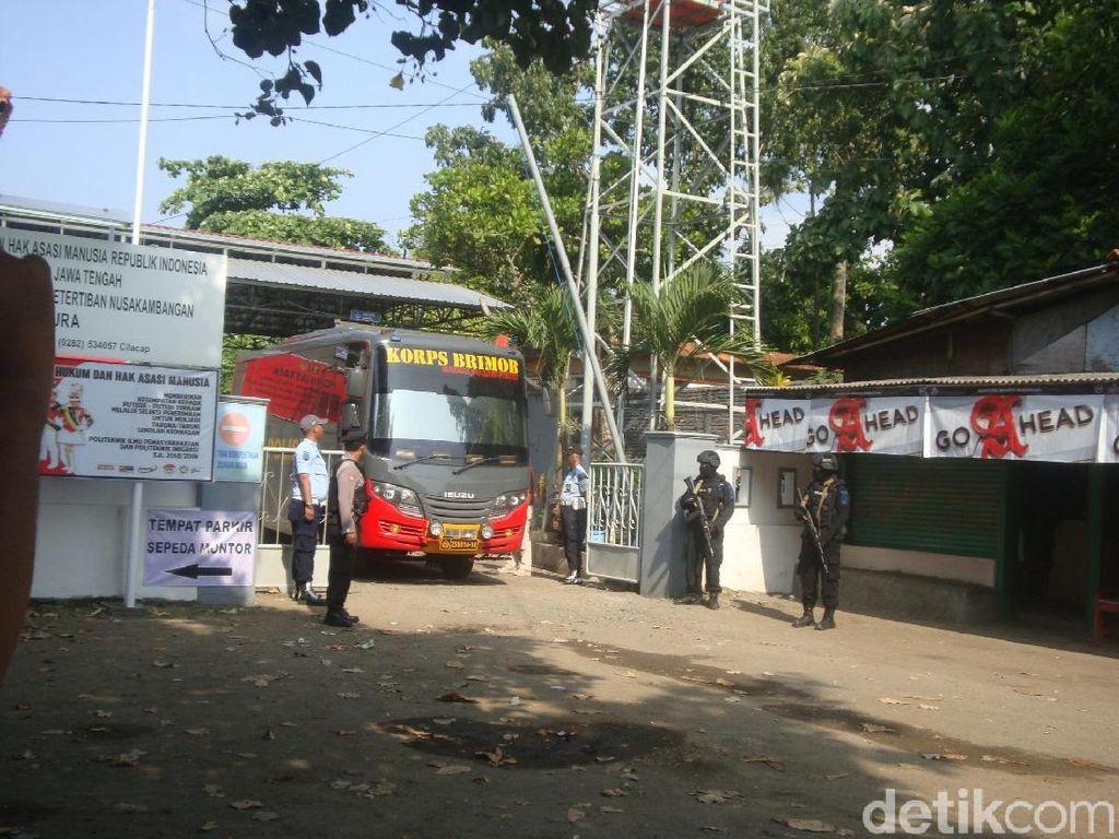 2 Napi Terorisme Perempuan Ikut Dipindahkan dari Nusakambangan