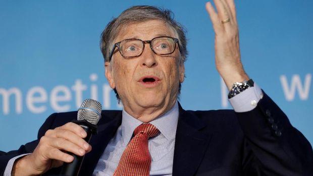 Bill Gates menyarankan untuk social distancing.