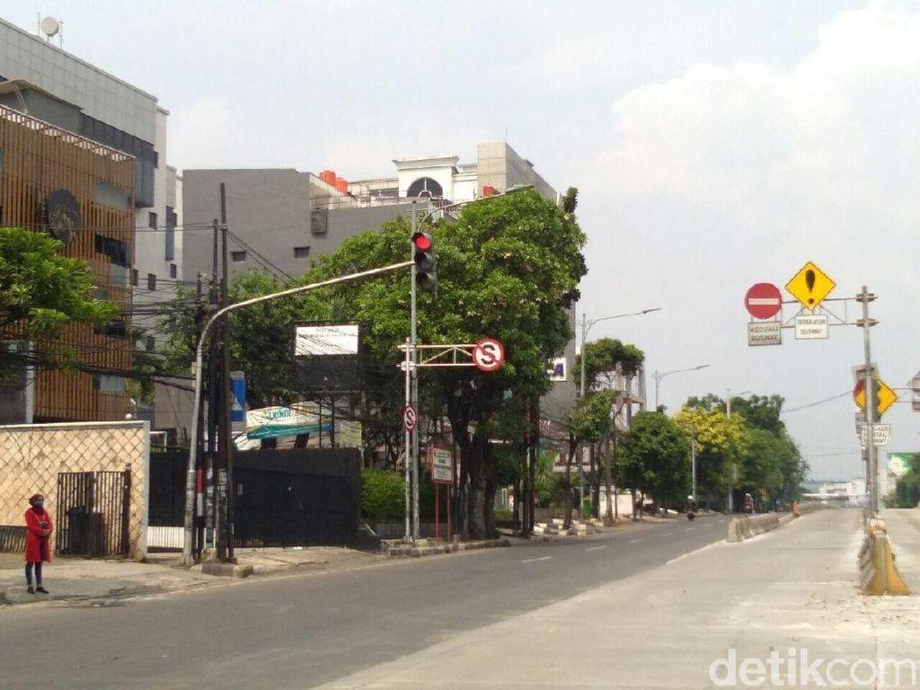 Beton di Simpang Mampang Prapatan Dibuka, Traffic Light Normal Lagi