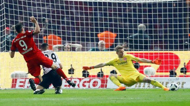 Bayern Munchen hanya bisa menyamakan kedudukan melalui gol Robert Lewandowski.