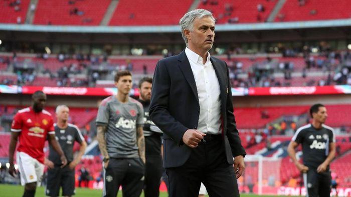 Jose Mourinho menilai Chelsea tak pantas menang di final Piala FA (Foto: Lee Smith/Action Images via Reuters)