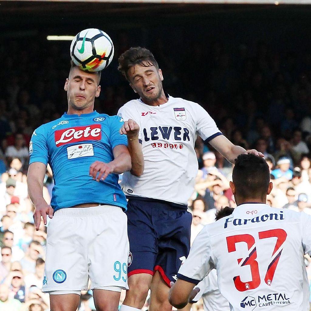 Napoli Kirim Crotone ke Serie B