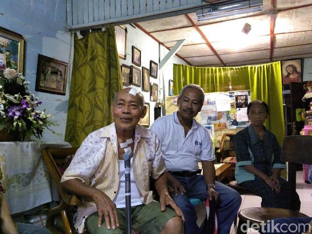 Saat Kakek Iswadi, Korban Bom Gereja, Dikunjungi dan Dibantu