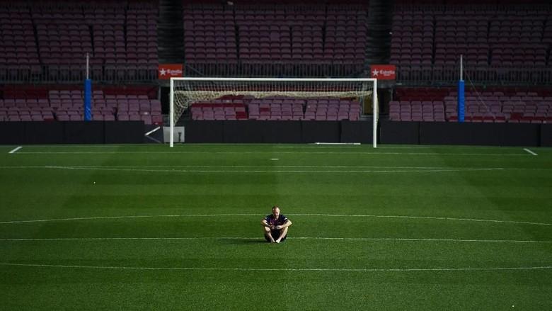 Iniesta Ungkap Kepiluan di Malam Tinggalkan Barcelona