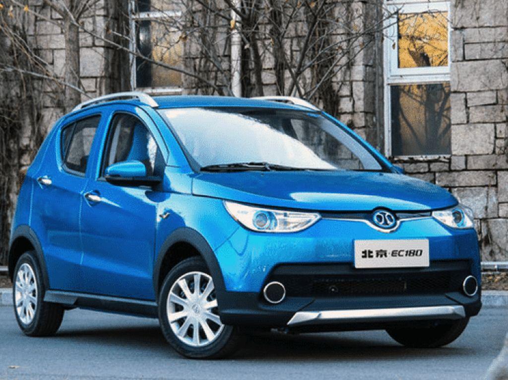 Mobil China Salip Nissan
