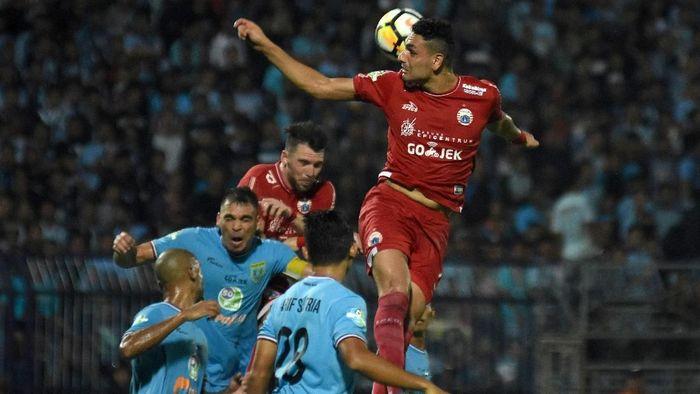 Persija Jakarta kalah 0-2 dari Persela Lamongan dalam lanjutan Liga 1 2018 (Foto: M Risyal Hidayat/Antara Foto)