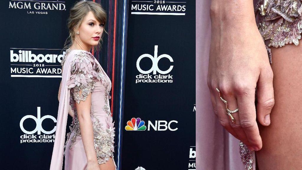 Cincin Ular Taylor Swift di Billboard Music Awards 2018