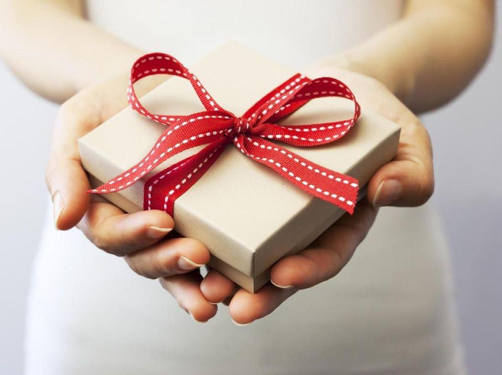 Kocak, Ini Kado Ulang Tahun Suami untuk Istri yang Hobi Belanja Online
