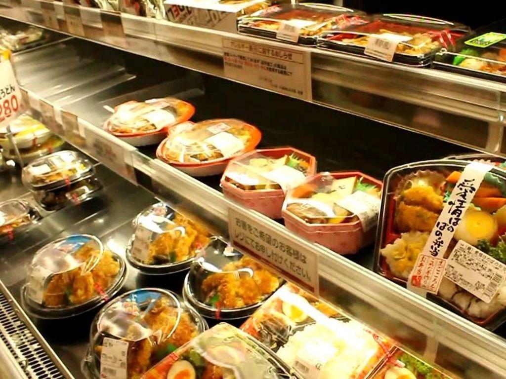 Ini Cara Unik Mini Market di Jepang Rayu Orang untuk Beli Makanannya