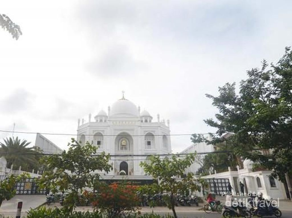 Rame Nih Ngabuburit di Taj Mahalnya Jakarta