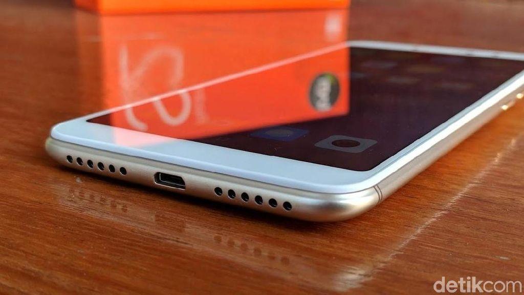 Unboxing Redmi S2, Ponsel Selfie Harga Rp 2,3 Juta