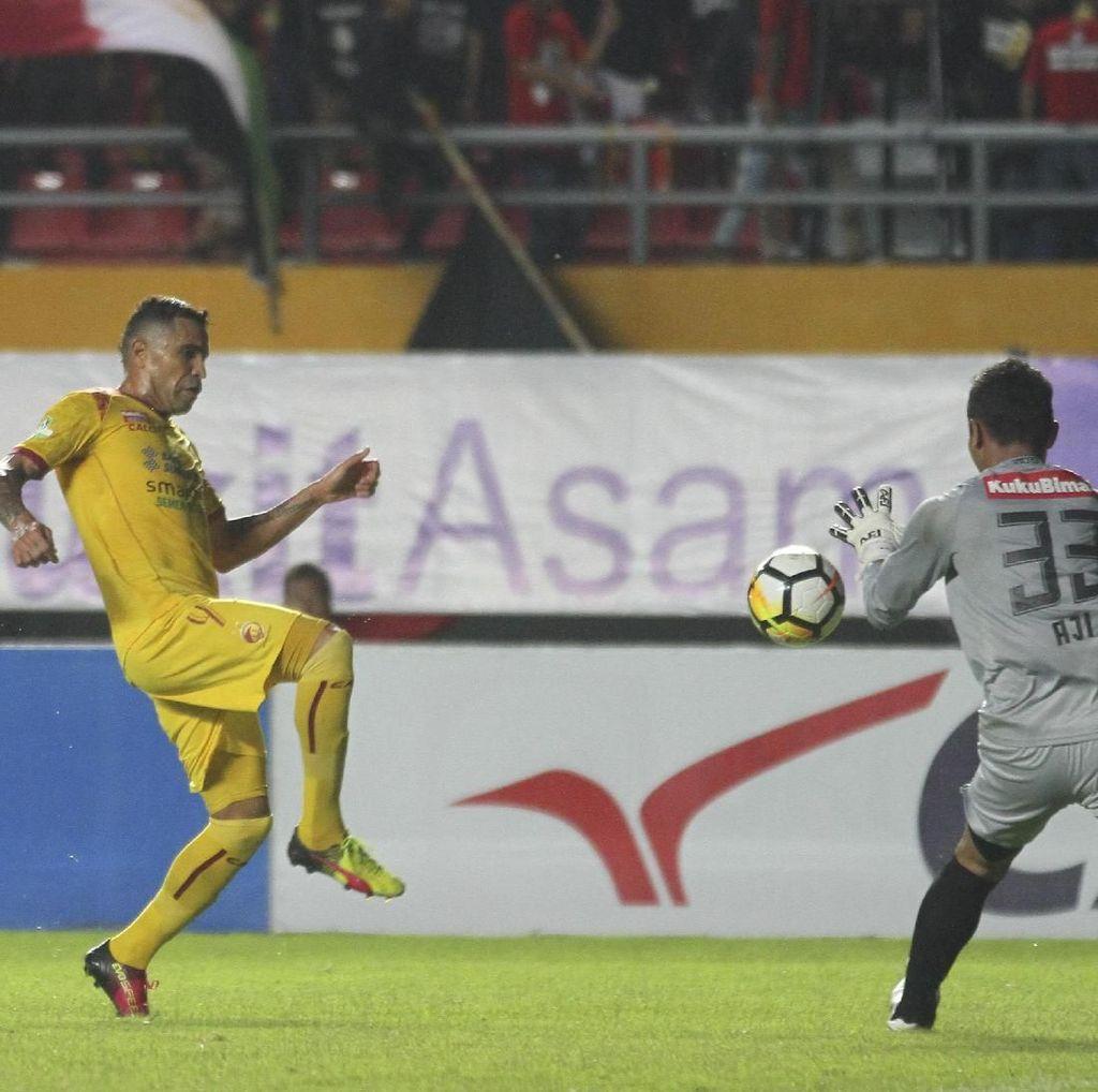 Sriwijaya FC Benamkan PSIS