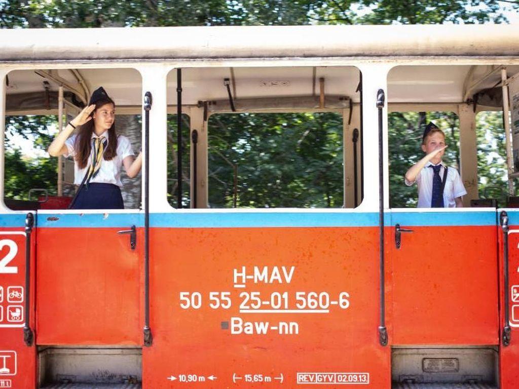 Foto: Kereta Berpetugas Anak-anak