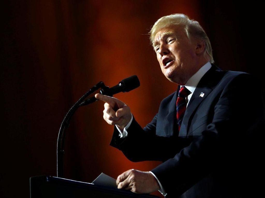 Trump Kritik Kemenangan Parasite di Oscar 2020
