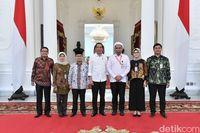 Ali Mochtar Ngabalin usai bertemu Jokowi di Istana.