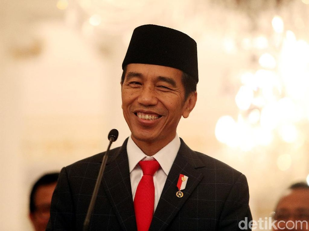 Aturan THR PNS Sudah Diteken Jokowi, Bakal Terbit Hari Ini