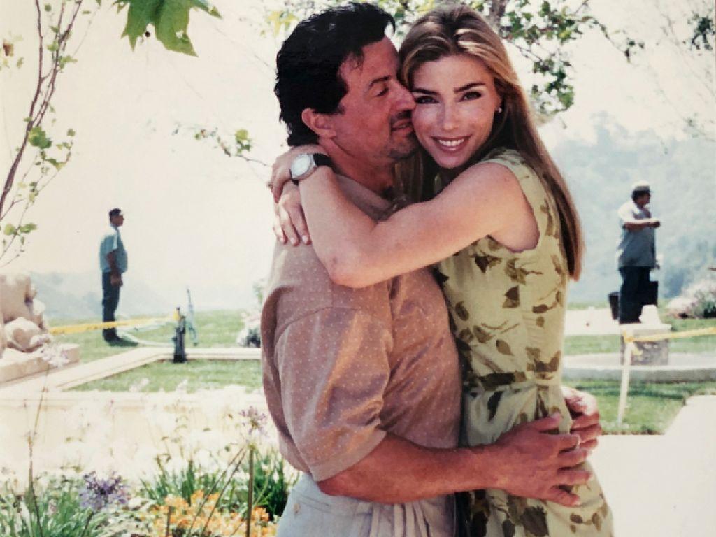 Mesranya Sylvester Stallone dan Istri di Pernikahan ke-21 Tahun