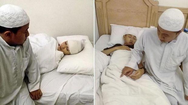 Puspita Hasmuni dan putranya Bejo Sihono, korban lift rusak di Hotel Mubarak Silver, Madinah, Arab Saudi.