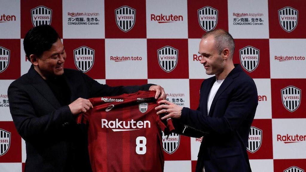 Iniesta Ingin Memajukan Sepakbola Jepang