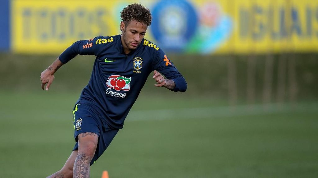 Video Neymar Mulai Berlatih Bersama Timnas Brasil