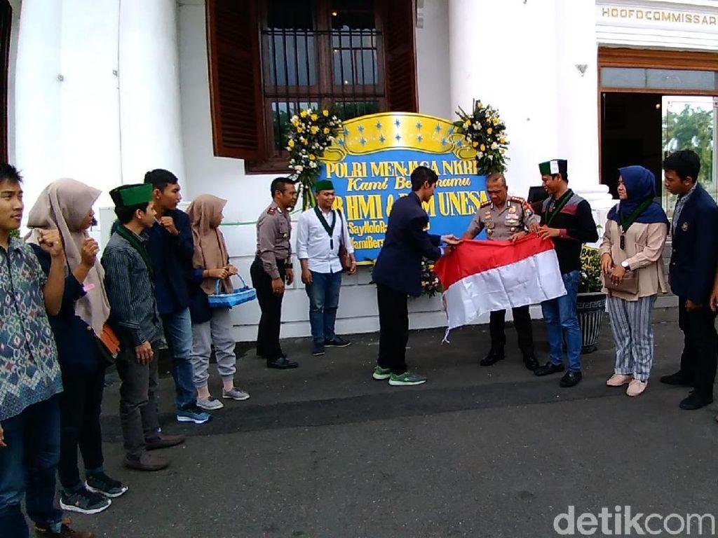 Dukungan Mahasiswa Bagi Polisi untuk Berantas Terorisme