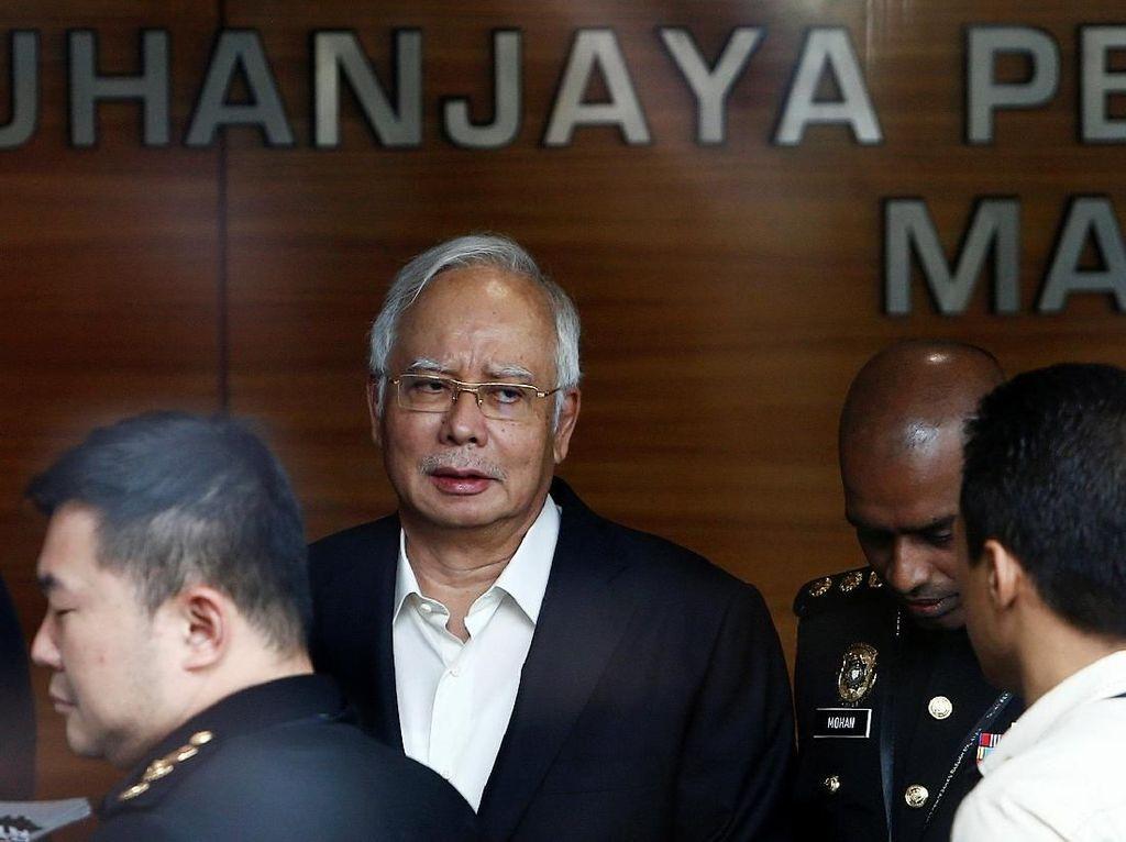 Ekspresi Najib saat Diperiksa Lagi Oleh Komisi Antikorupsi