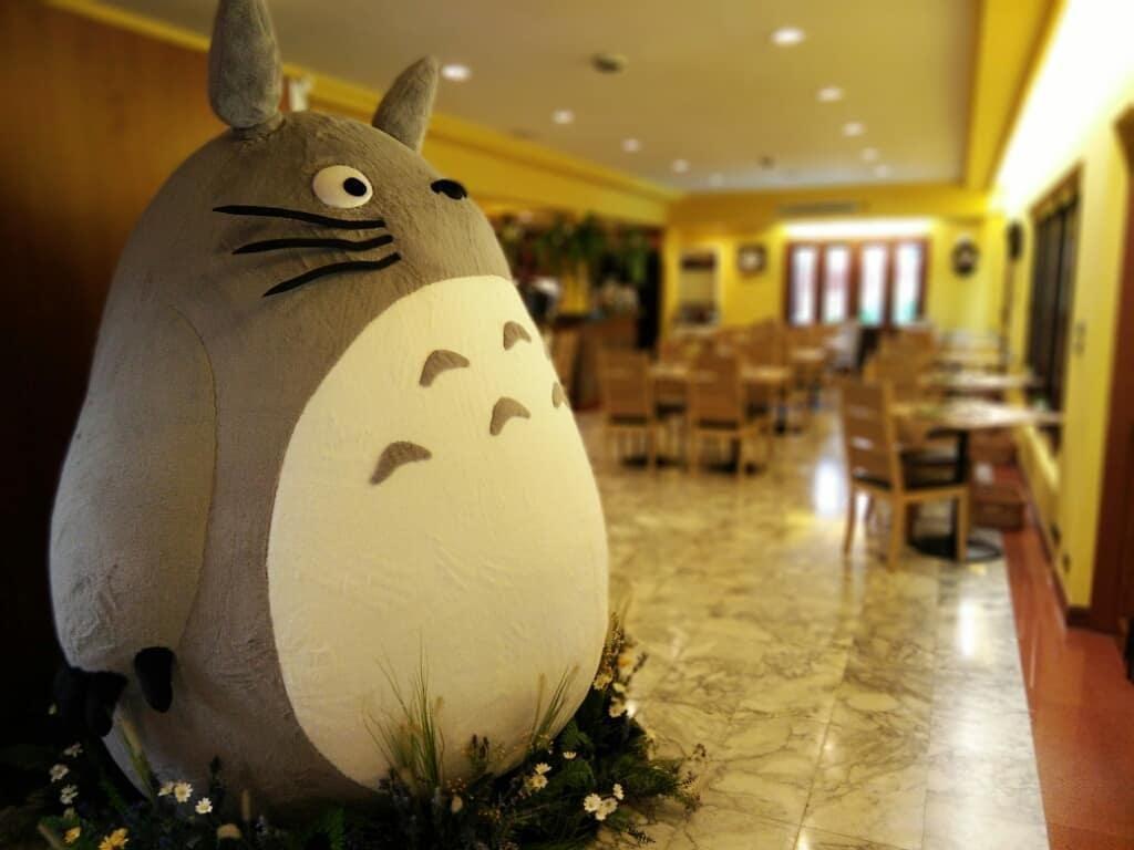 Restoran Bertema Totoro Pertama yang Berlisensi Resmi Studio Ghibli Ada di Bangkok