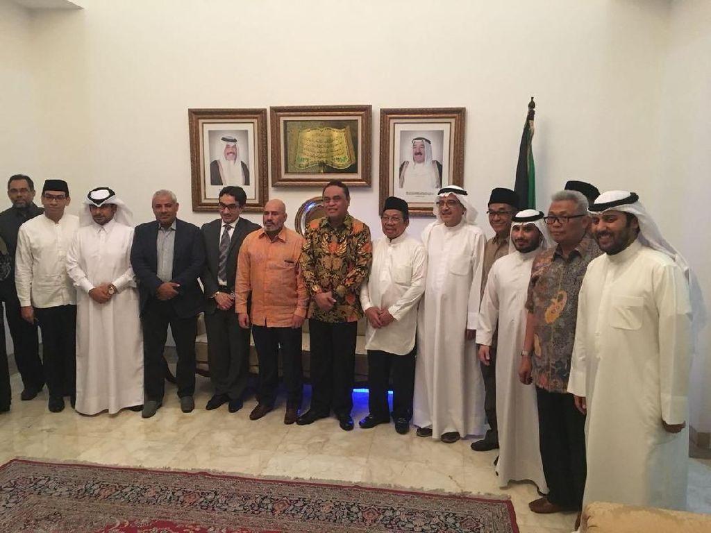 Sahur Bareng, Wakapolri-Dubes Kuwait Bahas Bantuan Kemanusiaan