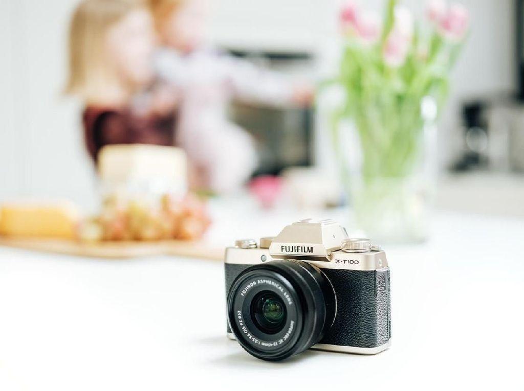 Penampakan Kece Kamera Mirrorles Fujifilm X-T100