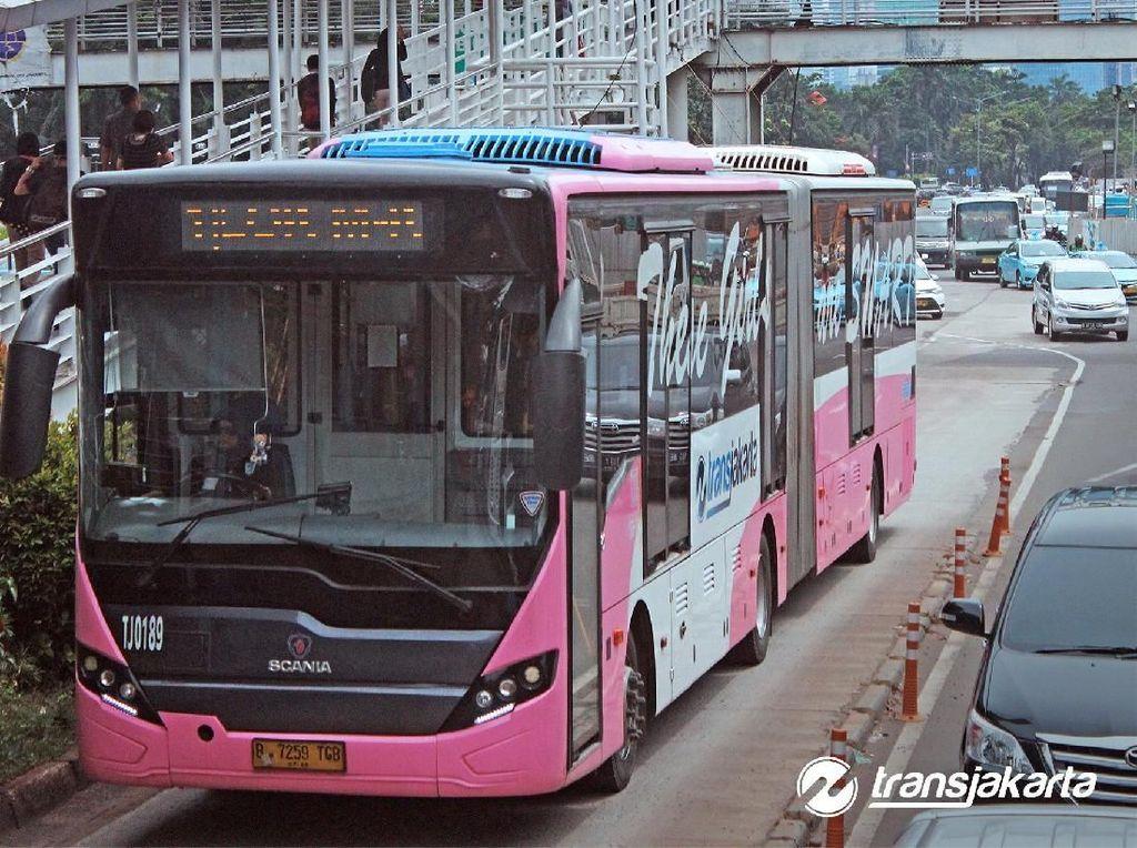 TransJakarta Siap Tambah Koridor Bus Khusus Wanita?