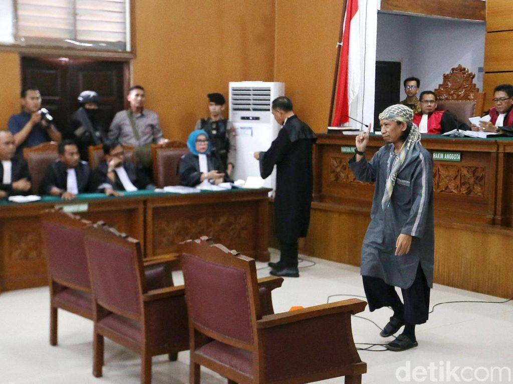 Jaksa Minta Hakim Tolak Pleidoi Aman Abdurrahman