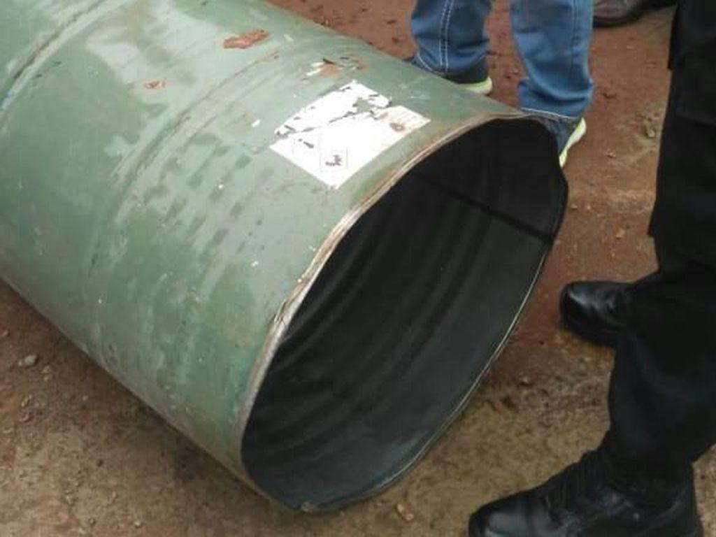 Foto: Drum Penyebab Suara Ledakan saat Sidang Aman Abdurrahman