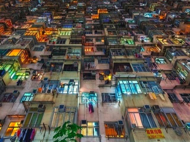 Potret Dramatis Kota Paling Vertikal di Dunia