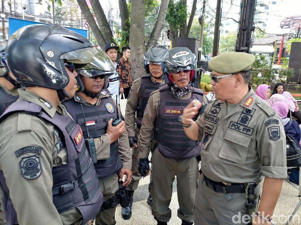 Satpol PP Bandung Gelar Patroli Cegah Siswa Keliaran Saat Libur