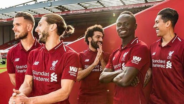 Jersey Liverpool musim depan dibanderol 97 pound sterling. Nilai itu setara Rp 1,8 juta. (Foto: Istimewa)