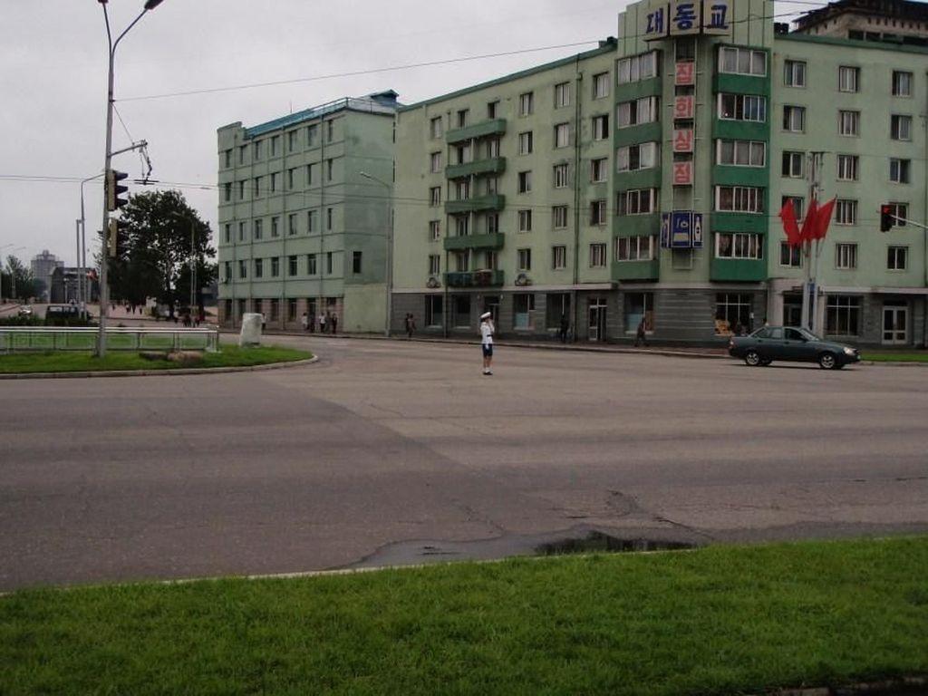 Intip Betapa Langkanya Sepeda Motor di Negeri Kim Jong Un