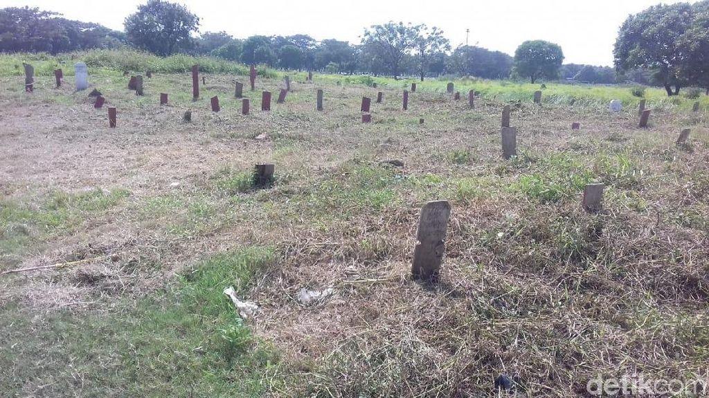 Bukan Dibuang, Begini Pemakaman Jenazah Tanpa Identitas di TPU DKI