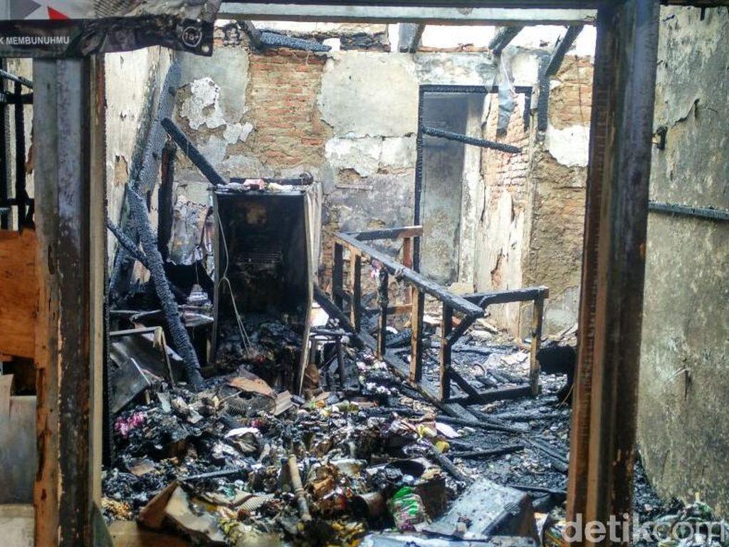 Korban Kebakaran di Bidara Cina Satu Keluarga