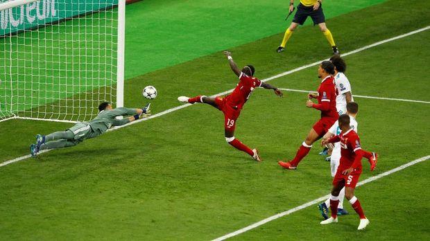 Sadio Mane mencetak gol penyeimbang Liverpool melawan Real Madrid.
